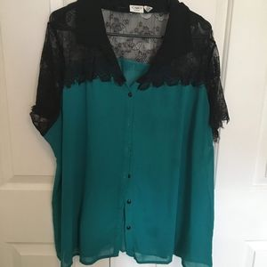 Sheer/lace Button-up